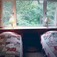 「可愛いパッチワークのお部屋が印象的★アットホームな宿」の画像